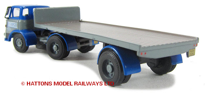 Modelbuszone - Base Toys DA32 - Russell of Bathgate Leyland Mastiff ...